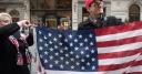 Толерантность не знает границ: нацменьшинства США против американского флага